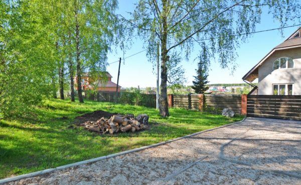 Участок 18 соток в городе Волоколамск (газ, свет, вода!)